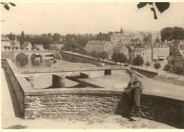 WW2 PHOTO ORIGINALE Soldat Vue Sur Rivière Quai & Pont Mac Racken à MAYENNE 53100 Près Laval 53 - 1939-45
