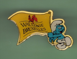STROUMPF *** WALLONIE BRUXELLES *** (069) - BD