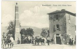 CARTOLINA - MONTELIBRETTI  - VIAGGIATA NEL 1913 PIEGA IN ALTO A DESTRA - PIAZZA DELLA CHIESA NUOVA - MOLTO ANIMATA - - Roma (Rome)