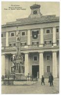 CARTOLINA - FROSINONE - PALAZZO APOSTOLICO MON. AI MARTIRI DELLA REGIONE - ANIMATA  - VIAGGIATA NEL 1913 - Frosinone