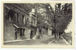 21919 Mantes Sur Seine . Porte Aux Pretres Quai Des Cordeliers, LL 28 . Cap Enfant