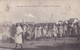 DJ10  --  SOUVENIR DE DJIBOUTI  --   DANCE DES SOMALIS   --  1920 - Dschibuti