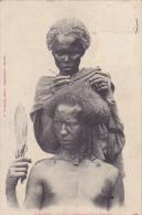 DJ12  --  DJIBOUTI  --  COIFFURE DE MARIAGE D `UN SOMALIS   --  1907 - Dschibuti