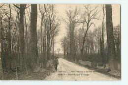 BOUY : Entrée Du Village. 2 Scans. Edition Brunel - France