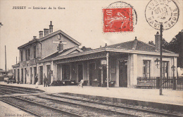 70 - Jussey : Intérieur De La Gare - CPA Ecrite - France