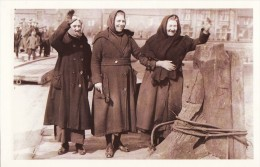 Postcard Crofters Wave Farewell The Hebrides 1923 Scotland Emigrate Canada Nostalgia Repro - History