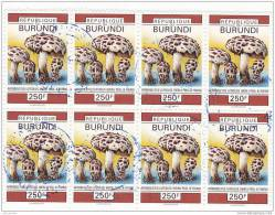 V] Bloc De 8 Oblitéré Cancelled Block Of  8 Burundi Champigon Mushroom Afroboletus Luteolus - Vrac (max 999 Timbres)