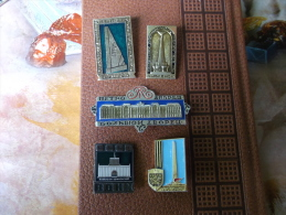 Badges Soviet-Russian Sights - Administrations