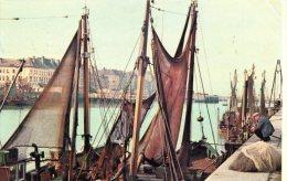 [DC8874] BATEAUX AU PORT - BOTEN IN DE HAVEN - Viaggiata - Original Old Postcard - Barche