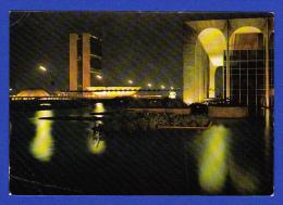 CARTÃO POSTAL --- VARIG --- BRASILIA - PALÁCIO DOS ARCOS E CONGRESSO NACIONAL - 2 SCANS - Brasilia