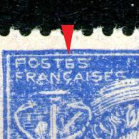 """2 N° 546**-impression Défectueuse_""""E"""" = """"6"""" Sur Papier Jaunâtre + Papier Blanc Bleu Vif_ - Variétés: 1941-44 Neufs"""