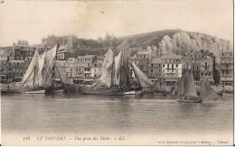 LE TREPORT VUE PRISE DES DOCKS  CPA NO 118 AVEC BATEAUX VOILIERS - Le Treport