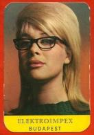 Petit Calendrier Publicitaire 1966 - Jolie Femme Blonde à Lunettes - PUB Publicité (Elektroimpex Budapest Hongrie) - Petit Format : 1961-70