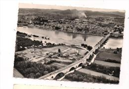 CPSM 30 - PONT-SAINT-ESPRIT - Vue Générale - Le Pont Sur Le Rhône - TB Plan De La Ville - EN AVION AU-DESSUS DE... - Pont-Saint-Esprit