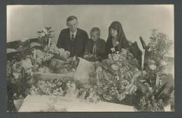 FUNERAL  DEAD  GIRL  IN CASCET  , OLD POSTCARD, O - Funeral