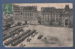 MILITARIA A LOCALISER - CP GARDE REPUBLICAINE - RECONNAISSANCE DE MM. LES OFFICIERS - Cn DEBROCK - 1910 - Régiments