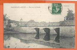 HA342, Salornay-sur-Guye, Pont Sur La Gande, Circulée - Francia