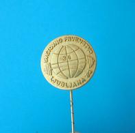WORLD WEIGHTLIFTING CHAMPIONSHIP 1982.  Badge Pin Haltérophilie Weight Lift Gewichtheben Levantamiento De Pesas - Weightlifting