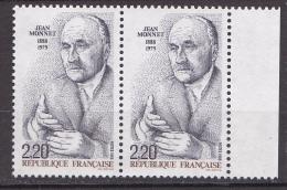 N° 2533 Centenaire De La Naissance De Jean MONNET: Portrait Du Père De L'Europe Une Paire De 2  Timbres - France