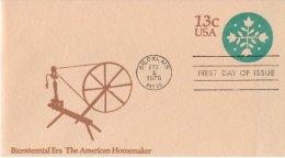 USA Unaddressed 13c Postal Stationery Envelope The American Homemaker FDC Postmarked Biloxi MS 2 Feb 1976 - Ganzsachen