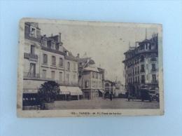 65.38  HAUTE PYRENEES  /  TARBES  /  Place De Verdun  :  Salon De Coiffure  /  Vieux Tacot - Tarbes
