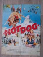 @ AFFICHE FILM HOT DOG, DAVID NAUGHTON, PATRICK HOUSER, ILLUSTRATION MARC PICHON SKI LUGE HOCKEY, 40 Cm Sur 53 Cm Env - Affiches