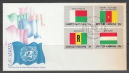 ENVELOPPE 1ER JOUR DES NATIONS UNIES N.Y. - DRAPEAUX DE : MADAGASCAR, CAMEROUN, RWANDA ET HONGRIE - Briefe