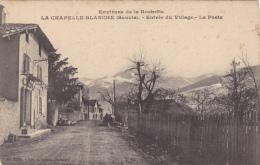 LA CHAPELLE BLANCHE  (Savoie) : Entrée Du Village-La Poste - Frankrijk