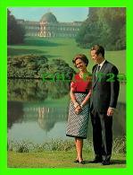 FAMILLE ROYALE - LE ROI BAUDOUIN ET LA REINE FABIOLA - INBEL EN 1976 - - Royal Families