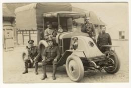 GUERRE- 1914-1918-CP PHOTO- Gros Plan Camion Avec Canadiens Cachet Hopital Dos Tres Bon Etat - Guerre 1914-18