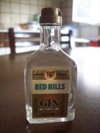 Red Hills Dry Gin Gold Label: Bottiglia Mignon Tappo Plastica. Gio. Buton & C. Bologna Stab. San Lazzaro Di Savena. - Alcoolici