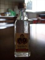 Imperial Vodka Ivan Sergiu Stefanof: Bottiglia Mignon Tappo Plastica. Gio. Buton & C. Bologna - Alcoolici