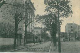 PARC SAINT MAUR - 94 - Avenue Emile Zola Et La Poste (CPA Animée, Commerces) - Saint Maur Des Fosses