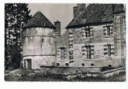CPSM - 89 - LALANDE - Le Château (partie Louis XIII) - Photo Collin - France