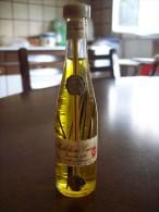 Millefiori Cucchi Tre Sigilli: Bottiglia Mignon Tappo Plastica. Antiche Distillerie Di Cernusco Milano Stab. Caronno - Alcoolici
