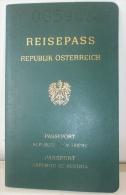 1994 REPUBLIC AUSTRIA EXPIRED PASSPORT, REISEPASS,PASAPORTE, PASSEPORT  FULL STAMPS - Historische Documenten