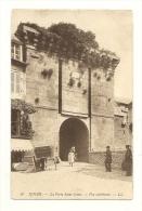 Cp, 22, Dinan, La Porte Saint-Louis, Vue Extérieure - Dinan