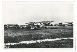 ISTRES AVIATION (Bouches Du Rhône) - Groupe D'avions - 1919-1938: Entre Guerres