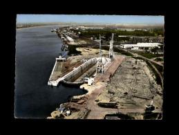 33 - BASSENS - Le Port - 3 K - France