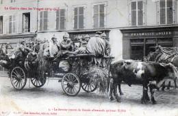 CPA 88 LE DERNIER CONVOI DE BLESSES ALLEMANDS QUITTANT SAINT DIE (ANIMEE ATTELAGE - Saint Die