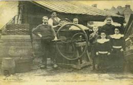 COTES D´ARMOR - BOURBRIAC - LE BROYEUR DE POMMES - Autres Communes