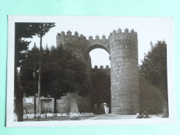 AVILA - Puerta De San Vicente - Ávila