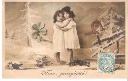CPA Fantaisie-Joie , Prospérité- 2 Petites Filles- (enfant-fille)- Trèfle à Quatre Feuilles - Fer à Cheval - Groupes D'enfants & Familles
