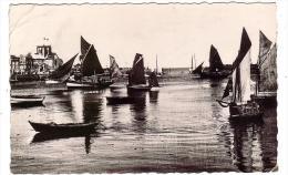 BARFLEUR/50/Le Port/CPSM/Réf:1373 - Barfleur