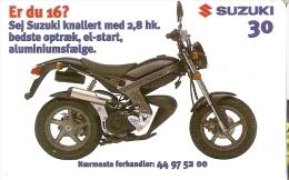 TARJETA DE DINAMARCA DE UNA MOTO  (MOTO-MOTORBIKE) SUZUKI - Motos