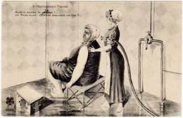"""Cpa  """"à L'établissement Thermal"""", Après La Douche, Le Massage ... Un Poids Lourd ... (ME) - Other"""