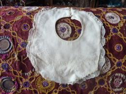 Bavoir Ancien Coton Double Broderies Faite Main - 1900-1940