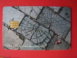 Chip Phone Card , Adoquines De Madera, $10, 30.000 - Cuba