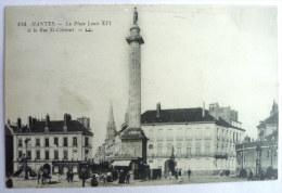 NANTES LA PLACE LOUIS XVI ET LA RUE CLEMENT - Nantes