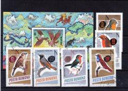 Bloc + 6 Valeurs Thème Oiseaux - Sperlingsvögel & Singvögel